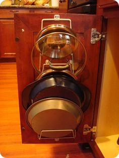 kitchen storage - hang the pot lids on the cabinet door! So much easier to find with a lot less noise. Kitchen Redo, Kitchen Pantry, Kitchen Storage, Kitchen Ideas, Organized Kitchen, Kitchen Remodel, Kitchen Design, Playroom Organization, Organization Hacks