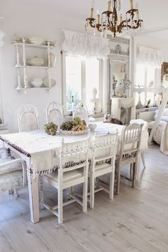 Gorgeous shabby chic dining