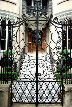Wonka Gate by priscillagillham, via Flickr   ..rh
