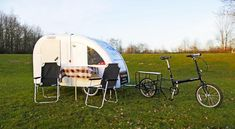 In just 90 seconds, the lightweight and compact Air Opus trailer transforms from a compact aluminum box to a roomy camper large enough to sleep groups of six. Off Road Camper Trailer, Trailer Diy, Trailer Decor, Trailer Interior, Retro Campers For Sale, Vintage Campers Trailers, Trailers For Sale, Camper Trailers, Tiny Camper