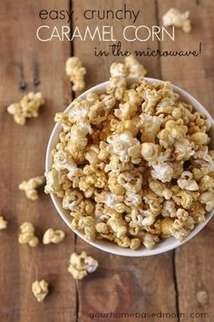 Create a delicious and easy caramel corn in the microwave!