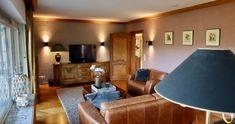 Flat Screen, Entryway, Furniture, Home Decor, Entrance, Flat Screen Display, Decoration Home, Room Decor, Flatscreen