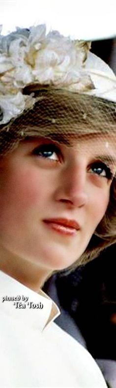 teatosh - 102 results for princess diana Princess Diana Photos, Princess Diana Fashion, Princess Diana Family, Princess Kate, Princess Of Wales, Princesa Diana, A Royal Affair, Isabel Ii, Lady Diana Spencer
