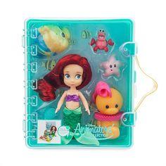 Disney Store Exclusive Disney Animators' Collection Ariel Mini Doll Playset - The Little Mermaid Goth Disney Princesses, Disney Princess Toys, Disney Princess Birthday, Disney Animators Collection Dolls, Collection Disney, Disney Animator Doll, Disney Dolls, Ariel Disney, Disney Collectibles