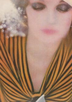Photographer Sarah Moon for Vogue 1972 Google Image Result for http://1.bp.blogspot.com/_5nr78kkskqA/TNghbjrQdBI/AAAAAAAAD1Q/aws1wEK7yAw/s1600/moon2.jpg