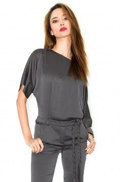 combinaison femme, combi-short- stefanie-renoma.com - Stefanie Renoma Peplum, Normcore, Jumpsuit, Sexy, Pants, Style, Dresses, Fashion, Gray