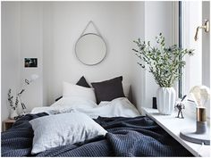 Bedroom | home | interior design | Style | decor | plants | linen | textil | mirror