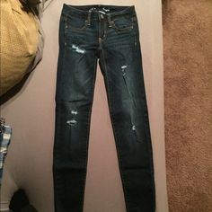 AMERICAN EAGLE JEANS AMERICAN EAGLE JEANS. Size 0. Excellent condition. Comparable to Abercrombie & Fitch and Hollister jeans. American Eagle Outfitters Jeans Skinny