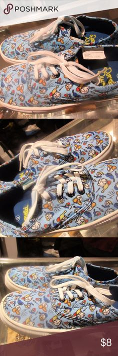 Disney Sneakers for Women! Cute Donald Duck Themed Sneakers (Size 6) for Women, never worn & good condition. We love to negotiate, so feel free to contact us!  Shipping is next business day.  Check out the rest of our closet. Thanks! Disney Shoes Sneakers