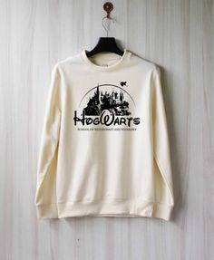 Hogwarts Alumni Harry Potter Shirt Sweatshirt by SaBuy Harry Potter Shirts, Pull Harry Potter, Mode Harry Potter, Harry Potter Sweatshirt, Harry Potter Outfits, Harry Potter Clothing, Harry Potter Disney, Pullover Shirt, Cat Sweatshirt