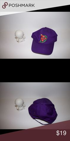 Chilli Devils SnapBack Flawless .. comes from smoke free home .. all clothes are cleaned prior to shipping Accessories Hats