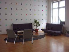 Floor Chair, Relax, Flooring, Furniture, Home Decor, Homemade Home Decor, Hardwood Floor, Home Furnishings, Interior Design
