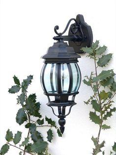 Brilliant Istria Außenwandleuchte, hängend, 1x E27 maximal 53W, Alu-Druckguss/Glas, schwarz 48682/06: Amazon.de: Beleuchtung