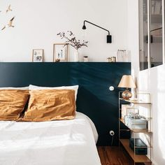 my scandinavian home: A Charming French Family Home Full of Inspiring Details Slaapkamerideeën - Enk Blue Bedroom, Home Decor Bedroom, Bedroom Wall, Bedroom Headboards, Trendy Bedroom, Bedroom Ideas, Diy Bedroom, Bedroom Cushions, Bedroom Shelves