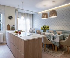 Reforma integral de vivienda en Bilbao | Sube interiorismo Recycled Furniture, Kitchen Interior, Dining Area, Living Room Designs, Living Rooms, Home Kitchens, Small Spaces, Sweet Home, New Homes