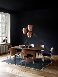 At BoConcept Sydney, our modern dining tables are customisable so you can create a personal style to match your dining room setting. Dining Table Design, Modern Dining Table, Extendable Dining Table, Dining Chairs, Boconcept, Unique Furniture, Furniture Design, Wooden Furniture, Furniture Makers