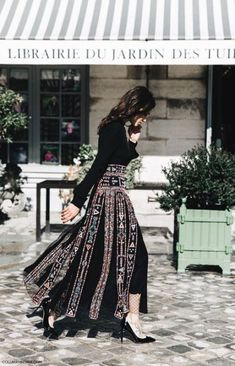 Fashion Week Paris Street Style Summer 2019 31 New Ideas Paris Street Style Summer, Street Style Women, Street Styles, Paris Fashion, Spring Fashion, Street Fashion, Valentino, Moda Paris, Couture Outfits