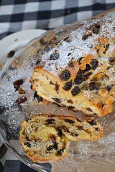 A Dutchie Baking: Christmas Stollen with Raisins and Hazelnuts (Kerststol)