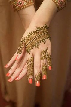 Gorgeous henna work➕More Pins Like This At FOSTERGINGER @ Pinterest ➕