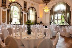 Vom gemütlichen Weinzimmer mit Außenterrasse über den repräsentativen Oeynhausen-Saal bis zum Varieté-Theater mit Platz für 350 Gäste.