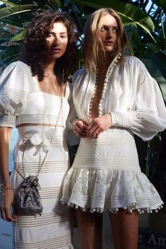 En una búsqueda de un vestido blanco perfecto para el verano
