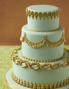 Royal Iced Decorations Pale/mint green and gold theme, super regal Cupcakes, Cupcake Cakes, Gorgeous Cakes, Pretty Cakes, Bollywood Cake, Royal Icing Cakes, Cake Piping, Ice Cake, Royal Icing Decorations