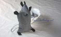 MYO Tea Cup Mouse adding hands...