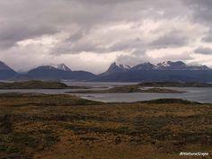 La Tierra del Fuego, tan atrayente como salvaje, un paisaje de belleza y dureza que aún alberga rincones inexplorados. Nuestro paso por ella nos permitirá sentir parte de su magia.