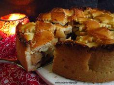 Ein gedeckter Apfel-Kuchen, mit Quitte und Calvados verfeinert. Für einen stürmischen Herbstnachmittag bei Kaffee und Kuchen!