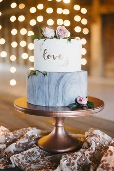 Marbled wedding cake | Wedding & Party Ideas | 100 Layer Cake