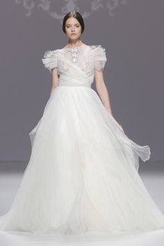 Vestidos de novia de Marco & María 2015 #boda #vestidos