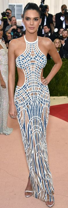 Best Dressed at the 2016 Met Gala: Kendall Jenner in Atelier Versace