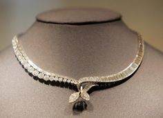 River diamond necklace of Queen Marie Jose of Italy