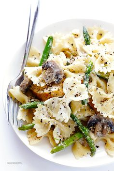 Pasta with Goat Cheese, Chicken, Asparagus & Mushrooms   gimmesomeoven.com