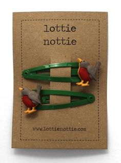 Lottie Nottie Hairclips Robins on Green - £3.99 - A great range of Lottie Nottie Hairclips Robins On Green - FREE Delivery over £25!