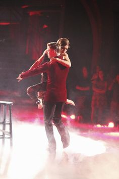 Dancing With the Stars 2014: Watch All the Season 18, Week 9 Performances (VIDEOS)