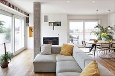 Bright modern penthouse apartment designed by Studiomobile. I wish this was my home.