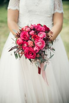 Tuscan Dream Wedding | Fly Away Bride