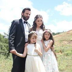 Turkish Actors, Celebrity Pictures, Movie Stars, Flower Girl Dresses, Couple Photos, Couples, Celebrities, Wedding Dresses, Movies
