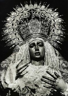 A photo by fashion photographer Mario Testino of a Spanish statue of Our Lady of Sorrows (Vogue Paris, November 1995). (Source: weheartit.com)