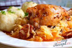 Kuře na uherském zelí......... http://www.nejrecept.cz/recept/kure-na-uherskem-zeli-r4983