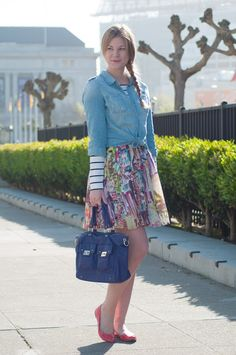 Britt+Whit: Whit mixes stripes and a printed skirt!