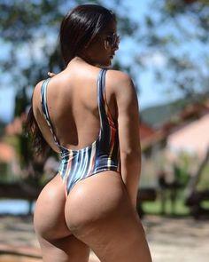 I bet that you want to kiss my sexy butt Mark Shavick! Beautiful Buttocks, Bikini Fitness Models, Bikini Workout, Sexy Curves, Sexy Hot Girls, Sexy Ass, Bikini Girls, Bikini Babes, Gorgeous Women
