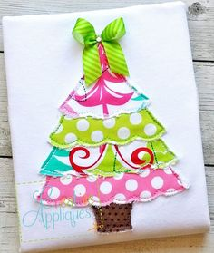 Raggy Bean Stitch Christmas Tree Applique