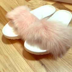 d639258a04a1 Shop Women s UGG White Pink size 7 Sandals at a discounted price at  Poshmark.