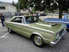 Pictures from the 2019 Queen City Car Show and Cruise in Nelson, BC. Hot rods, muscle cars, and antique classics were aplenty. Dodge Muscle Cars, Best Muscle Cars, American Muscle Cars, 1st Gen Cummins, Dodge Cummins, Dodge Trucks, Old Sports Cars, Old Cars, Dodge Vehicles