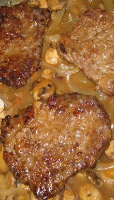 Smothered Cube Steak, Cube Steak And Gravy, Cube Steak In Oven, Crock Pot Cube Steak, Le Diner, Beef Dishes, Seafood Dishes, Cooker Recipes, Easy Meals