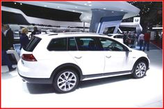 2015 Volkswagen Golf Alltrack  HD Image