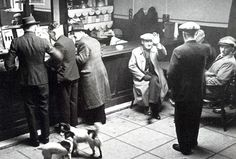 Photo of pub in Bolton from the Worktown Collection