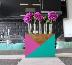 Upcycled test tube vase - how to restyle an old item with paint